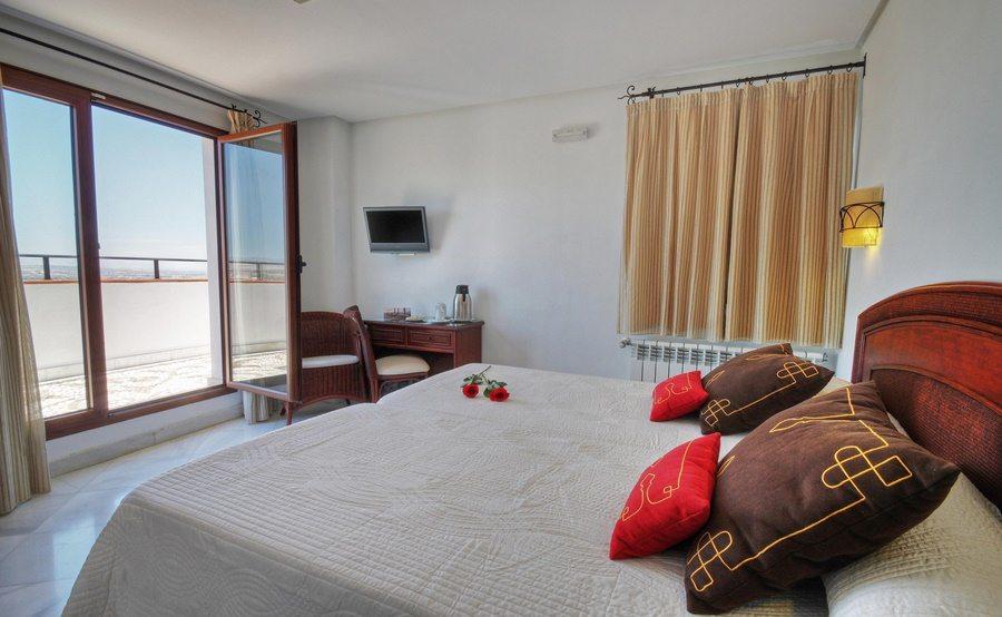 hoteles baratos San Valentin - Hotel Granada Arabeluj