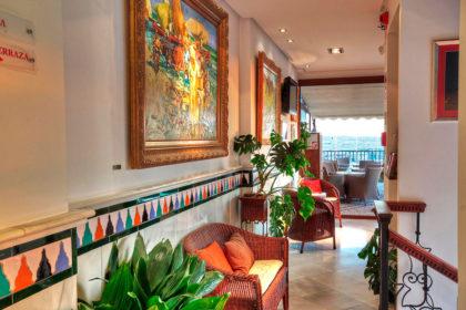 Hotel Granada puente mayo